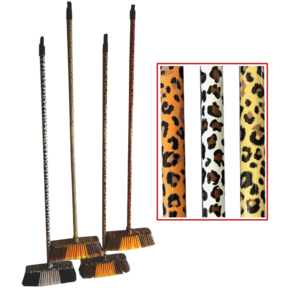 NPPC/YIWU Animal Design Brooms With Handles DB024